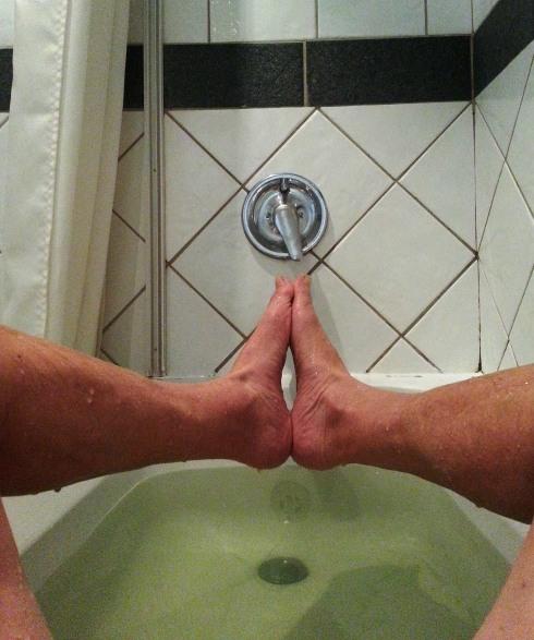 bath tub yoga